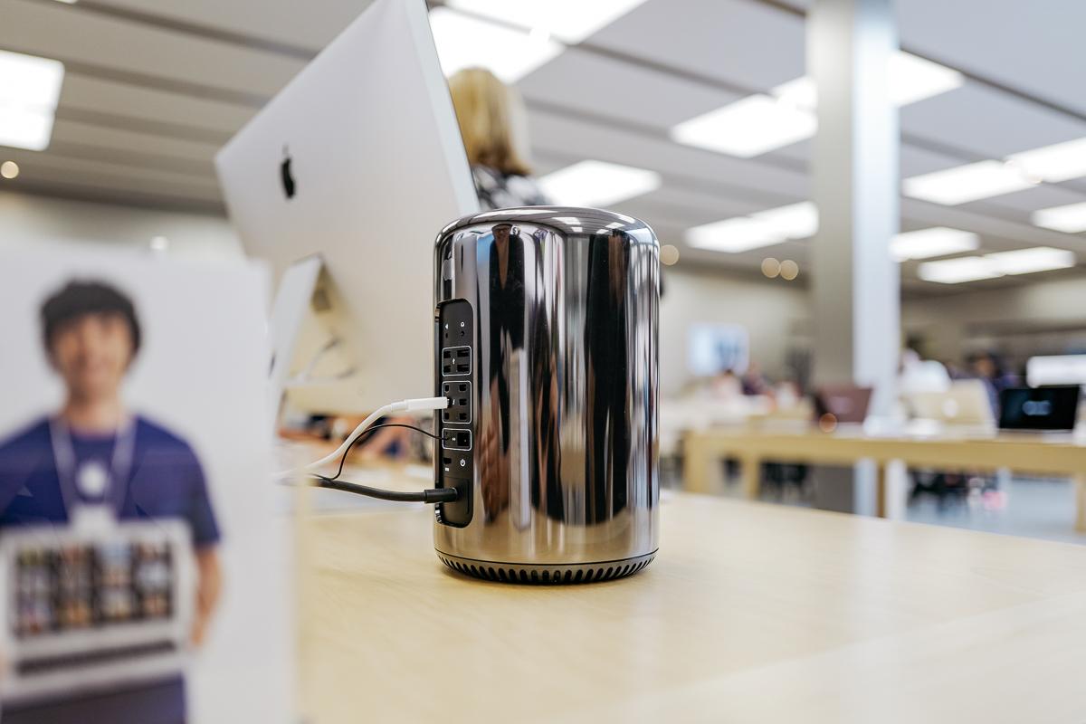 Leica Q —f 1.7 —ISO 100 —Bellevue, USA
