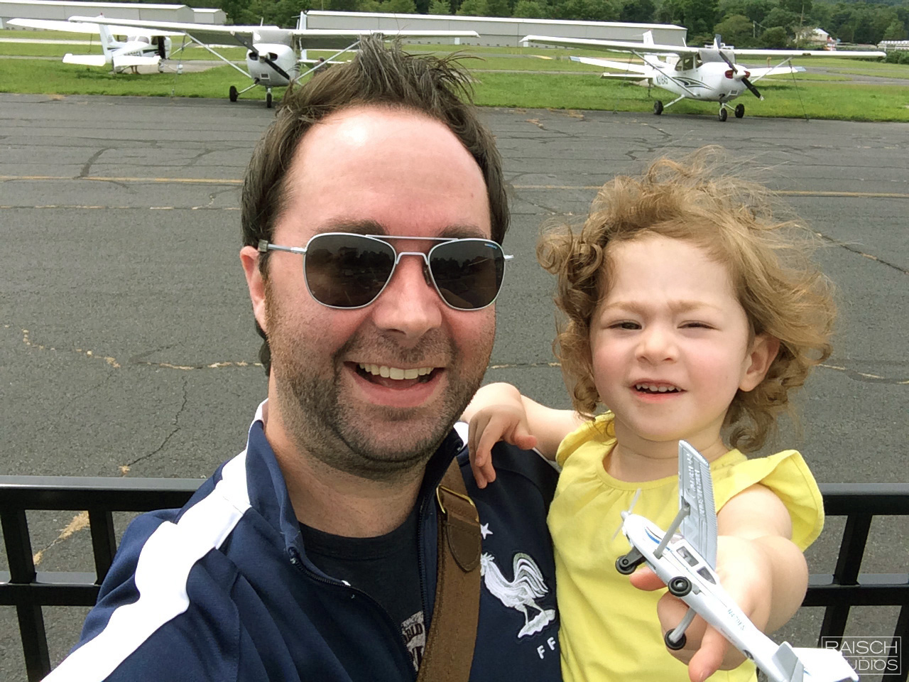 Michael and his daughter planespotting in NJ, Summer 2014
