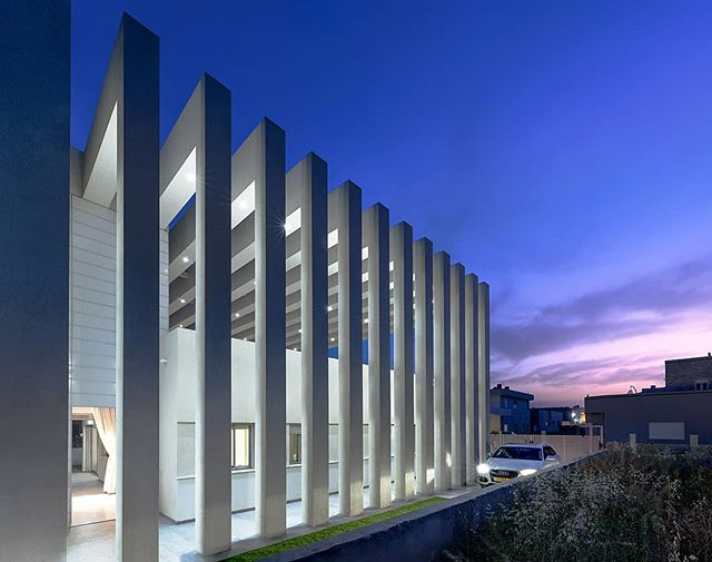 Soon on BVD Family pillars, Architecture: @guy_hargil_architects // Photo by Itai Aviran