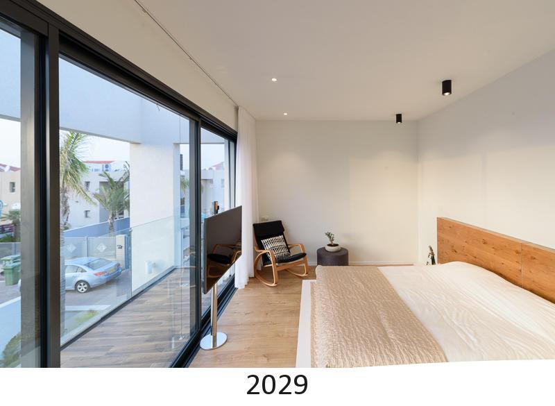 2029.jpg