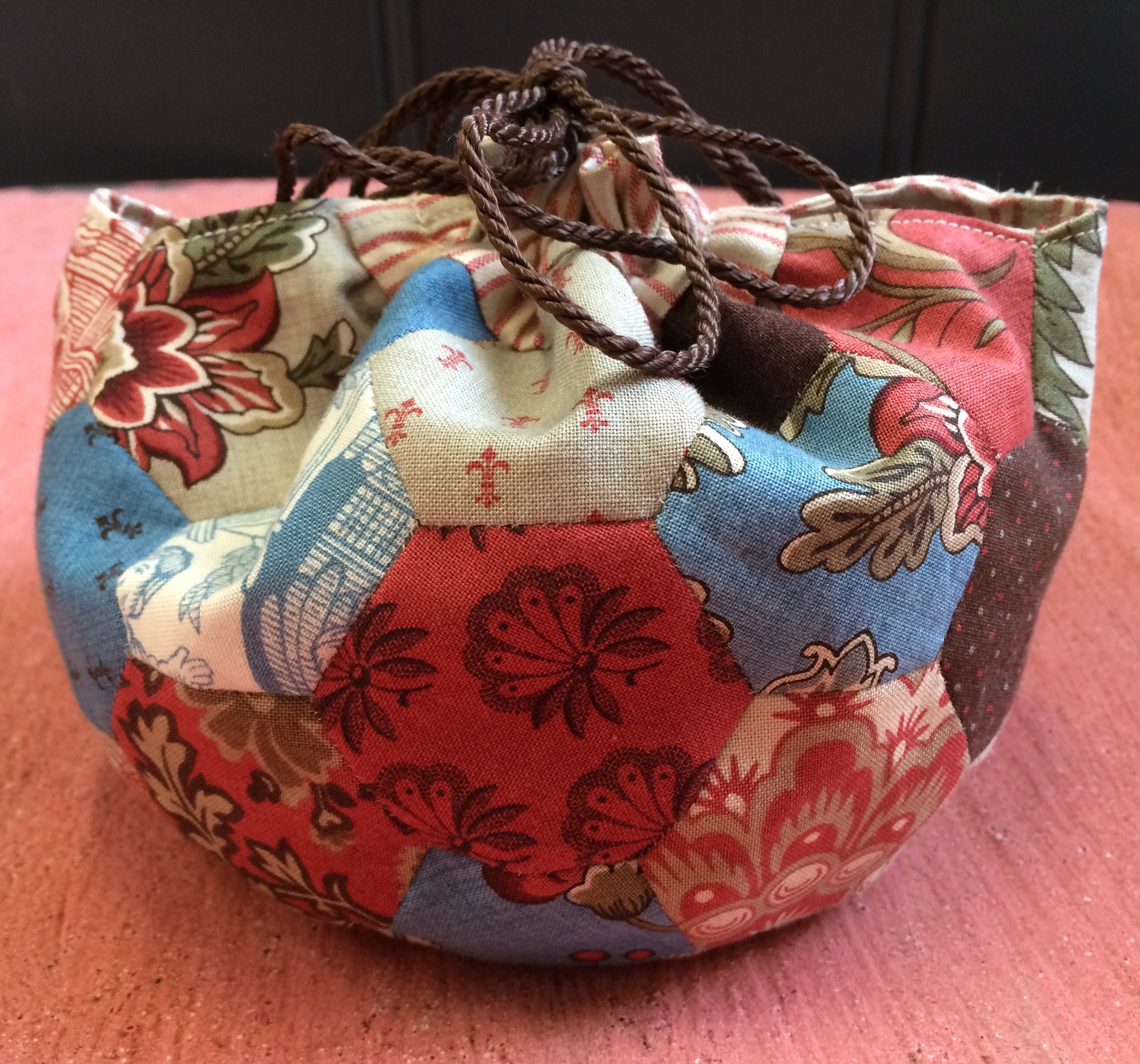 Mini Hexagon Bag