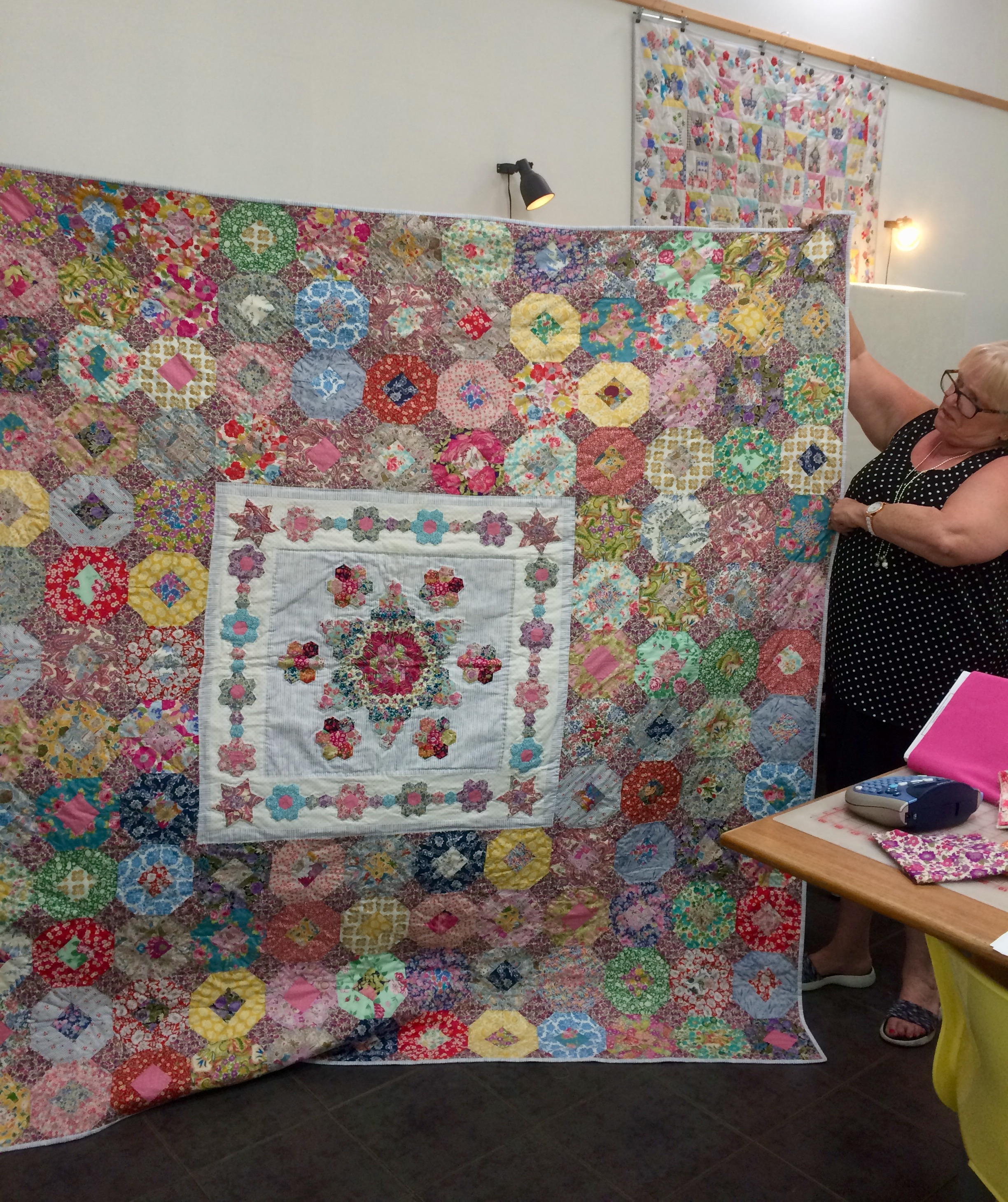 Mary-Ann's Emma Mary quilt is quilted, and looks amazing.