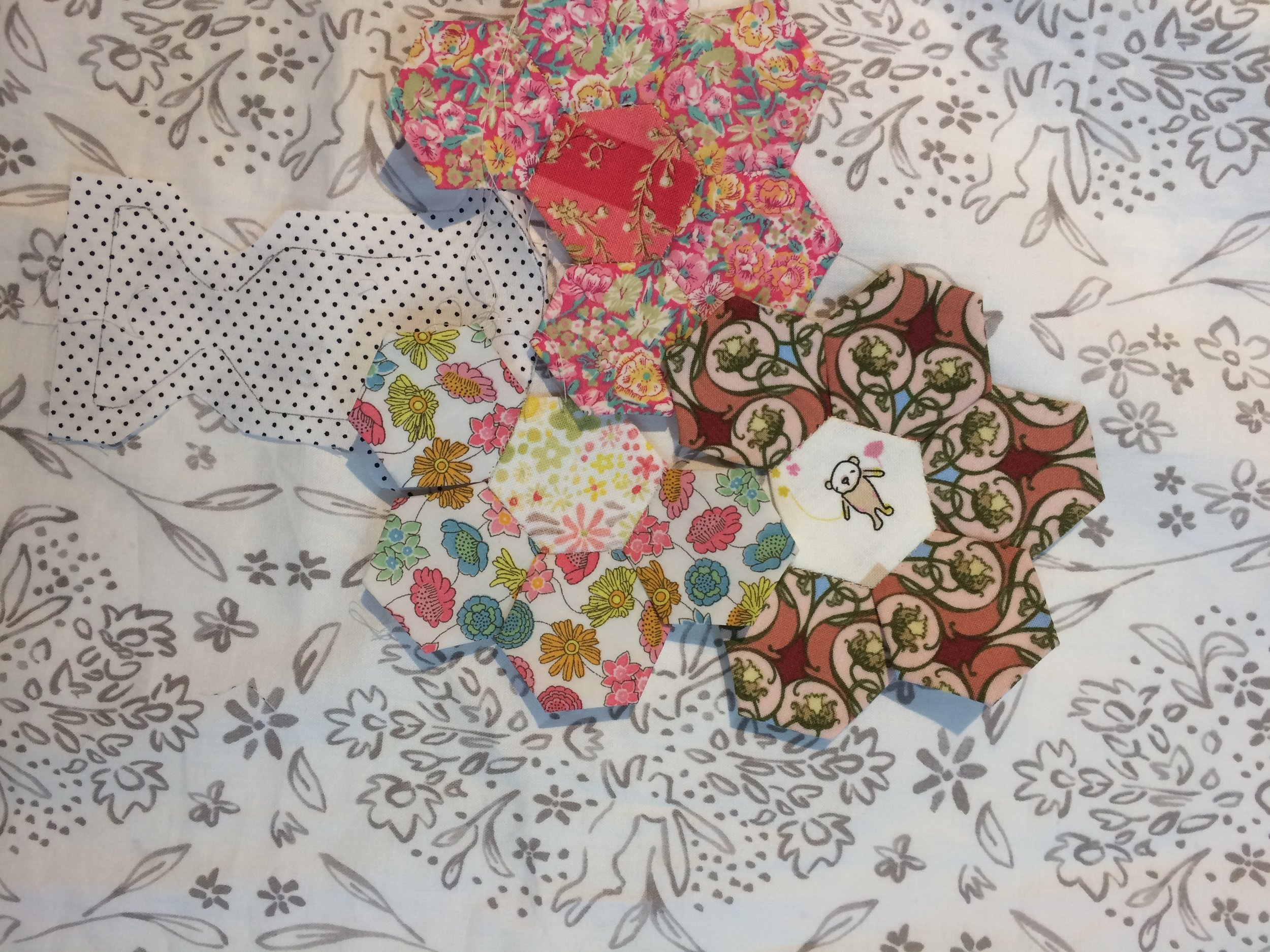 Sue is working on a bag with lovely hexagons.