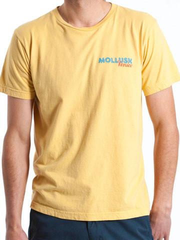 hotdogs_yellow_1.jpeg