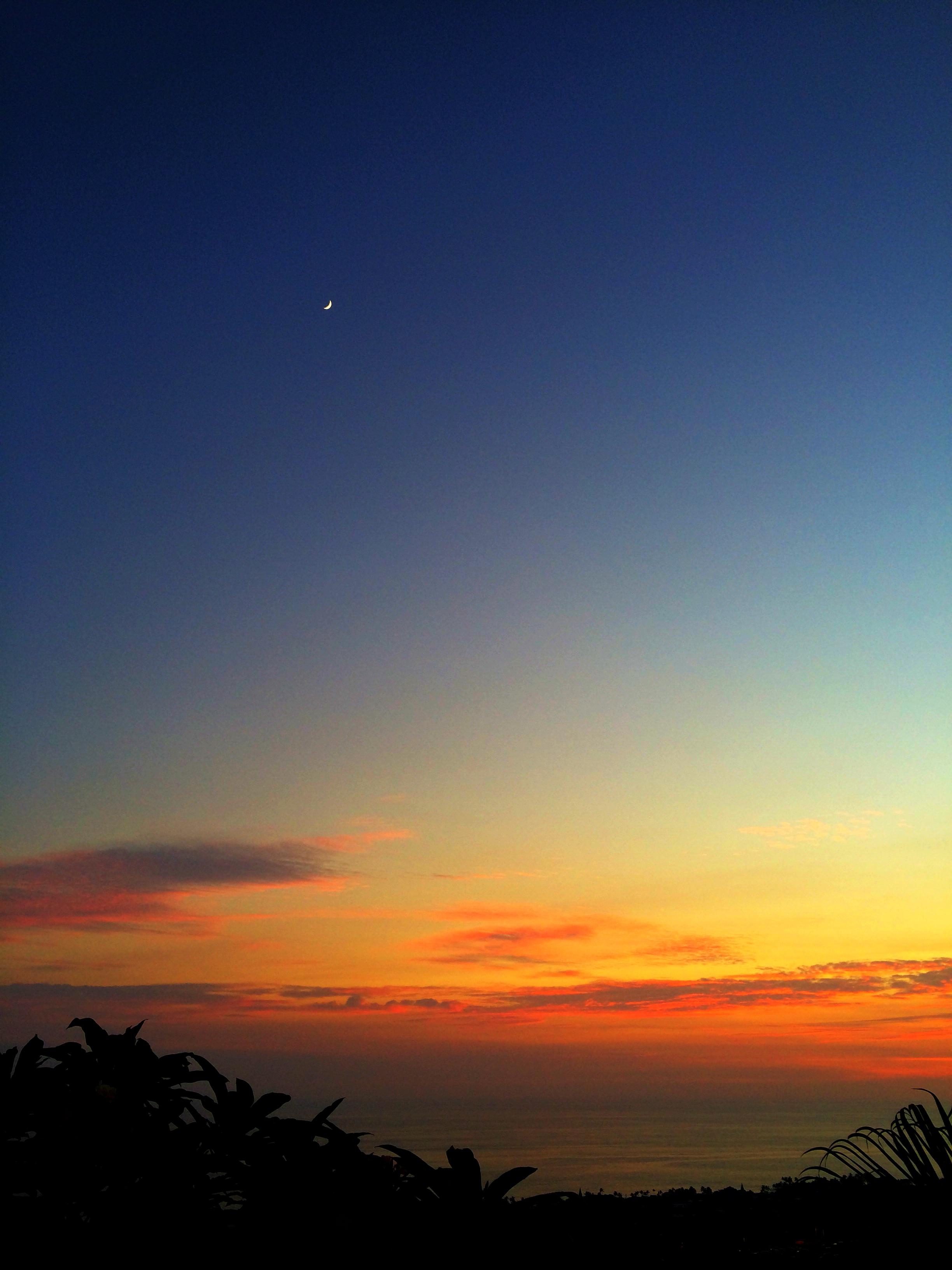 moonrise_sunset.jpg