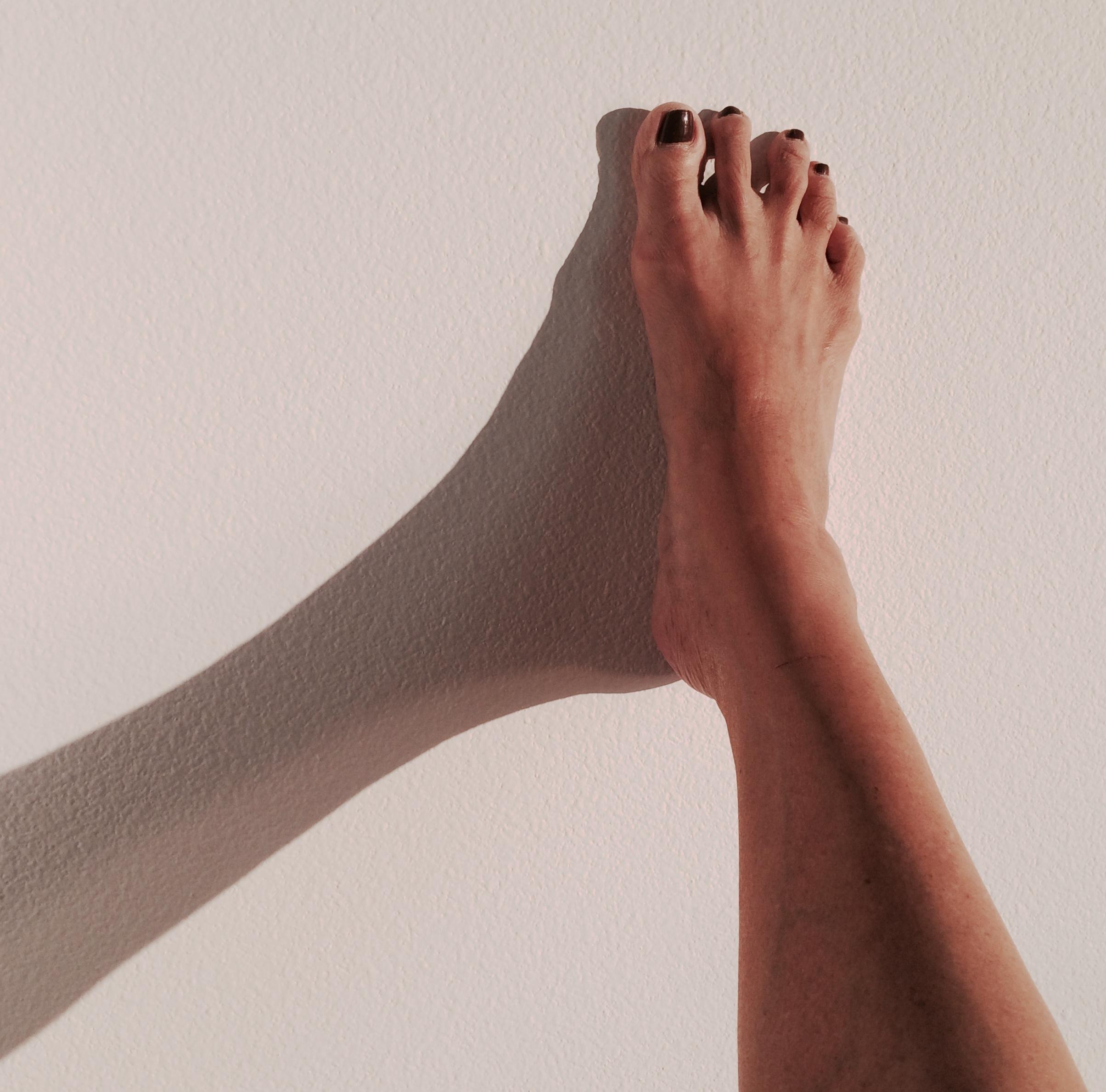 foot_wall.jpg