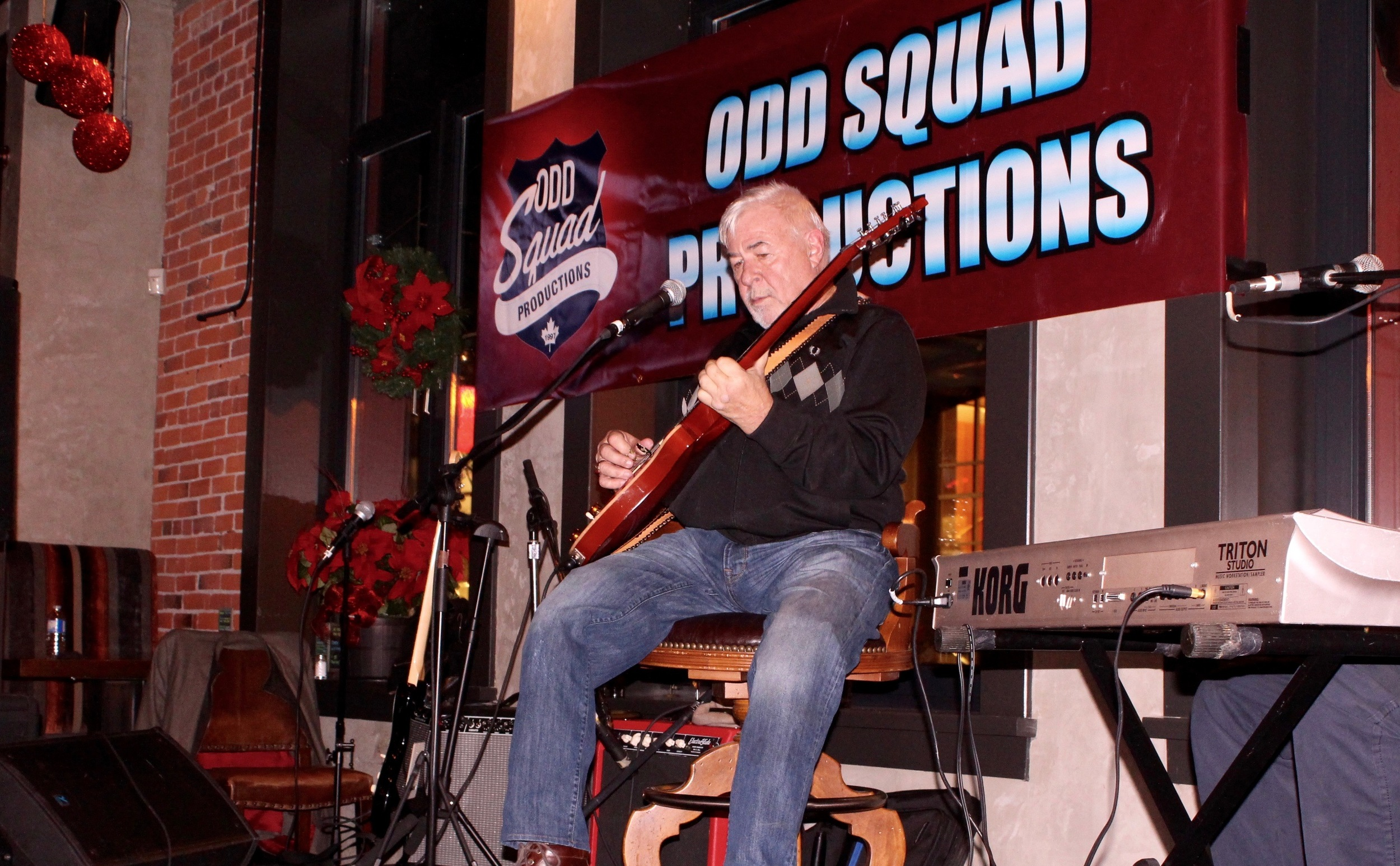 The Legendary Jim Byrnes at the Odd X-mas party