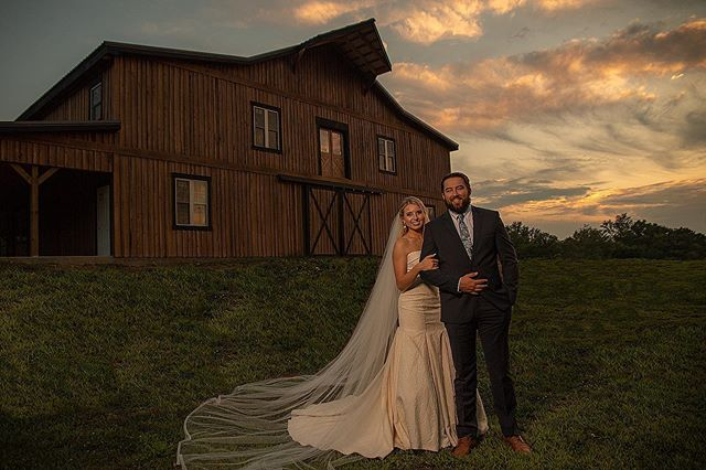 We have been working with Old Hickory Farms recently, and it has been amazing! Their venue is a beautiful option for a country chic wedding with the nicest staff.