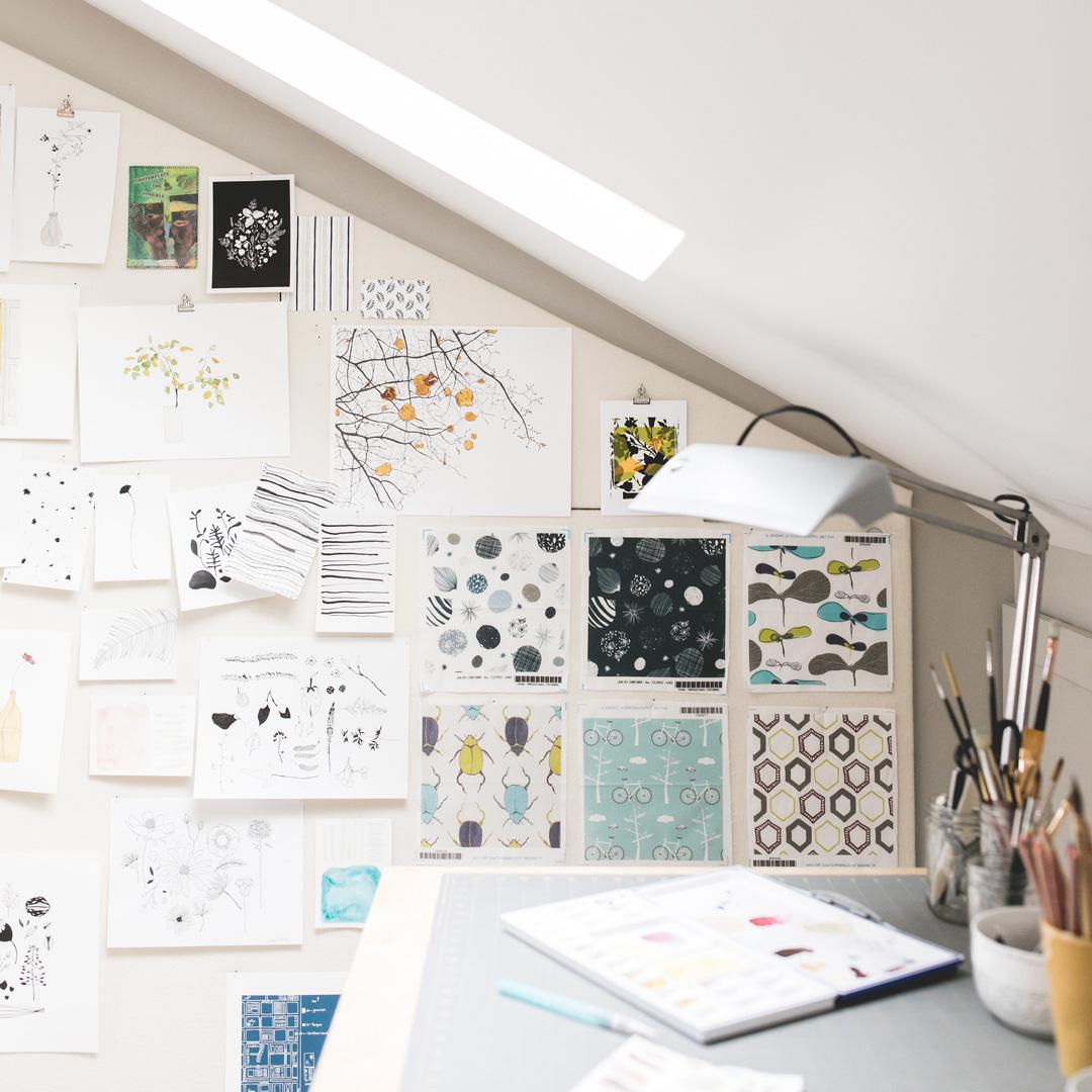 lauriebaars-studio-work-table.jpg