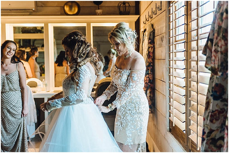LissaAnglin_Eberley_WeddingPhotographer006.jpg