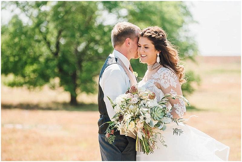 LissaAnglin_Eberley_WeddingPhotographer017.jpg