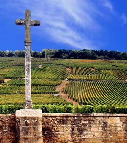 A cross outside the vineyards of Burgundy's   Vosne - Romanée.
