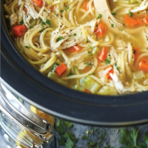 Slow-Cooker-Chicken-Noodle-Soup.jpg