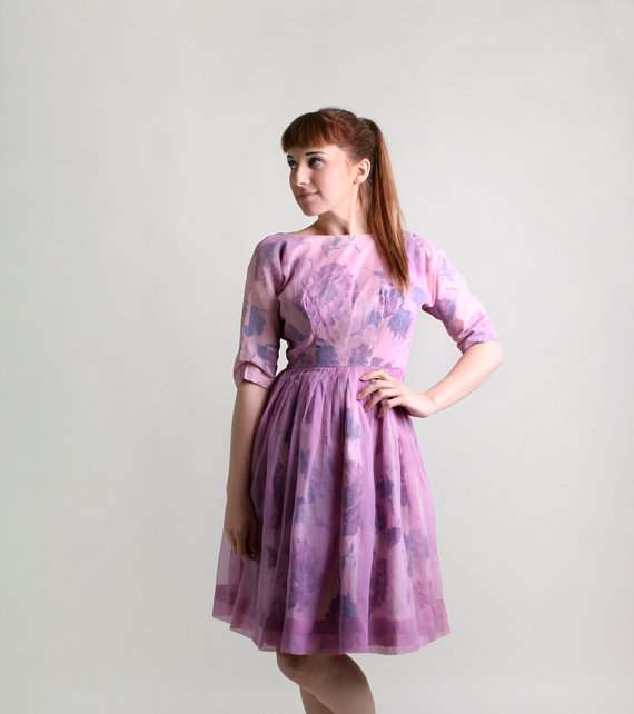 """Vintage 1950s dress from """"Zwzzy"""" in San Jose, California"""
