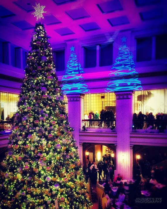 Christmas tree in Macy's (Marshall Field's)