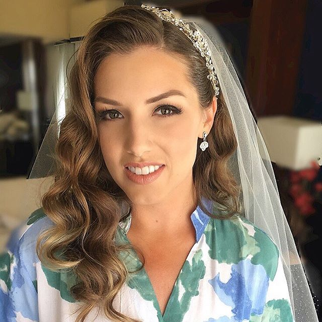 @ashshaw was a show stopper today and a dream to work with! 😍 It was so nice to have a perfectly sunny day at @carterestatewinery and @mtpalomarwineryweddings. Cheers and xo's 😘💕. Makeup: #SoireeBrandi + Hair: #SoireeSara.  #soireebeautyteam #soireebeauty #soireebeautyconcierge  #makeupartist #beautyapp #mobilebeauty #hairstylist #beautyteam  #californiawedding #southerncaliforniawedding #losangeleswedding #hollywoodwedding #orangecountywedding #losangelesweddingmakeupartist #losangelesweddinghairstylist #sandiegowedding #sandiegoweddingmakeupartist #sandiegoweddinghairstylist  #sandiegoweddinghair #sandiegoweddingmakeup #sandiegoweddingplanner #sandiegoweddingphotographer #weddingmakeupartist #weddinghairstylist  #weddingmakeup #weddinghair