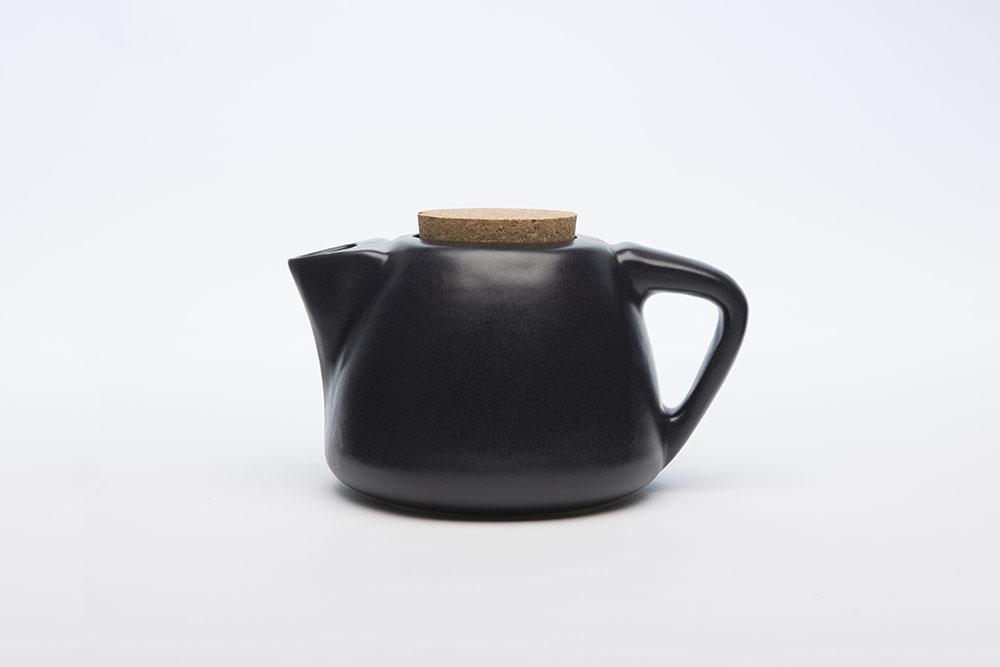 Teapot_Side_Facing_Left.jpg