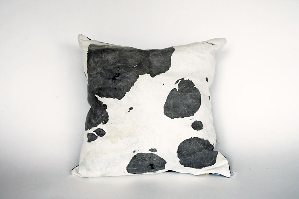 """Deep 18"""" Pillow – Willful Goods"""
