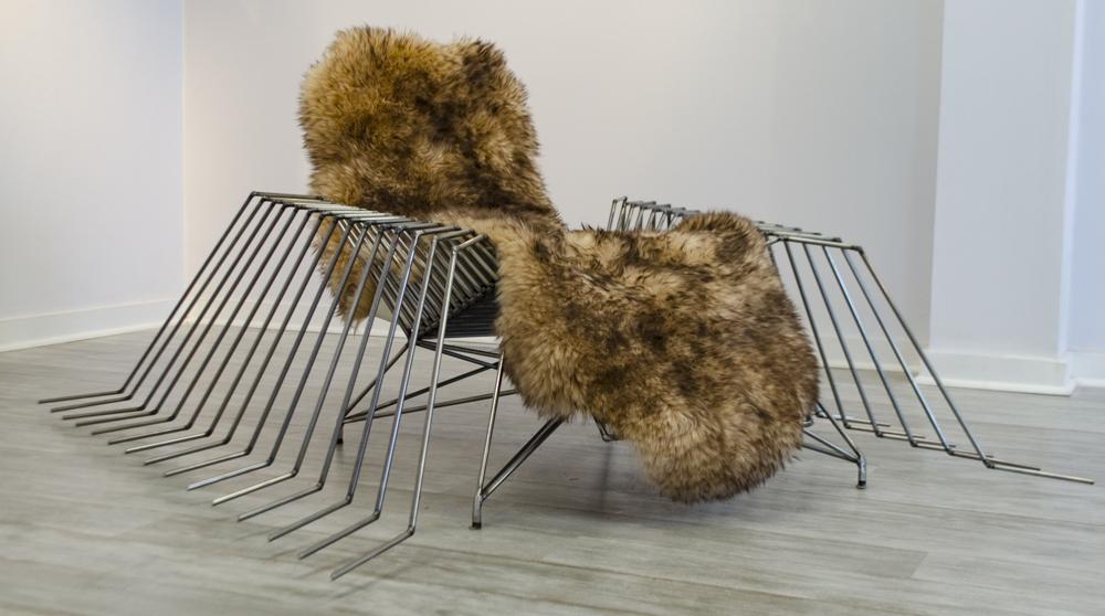 goji | chaise lounge