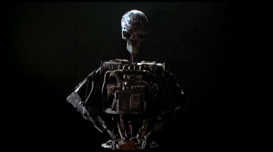 It's nice to see that the MARK 13 robot got some more work!