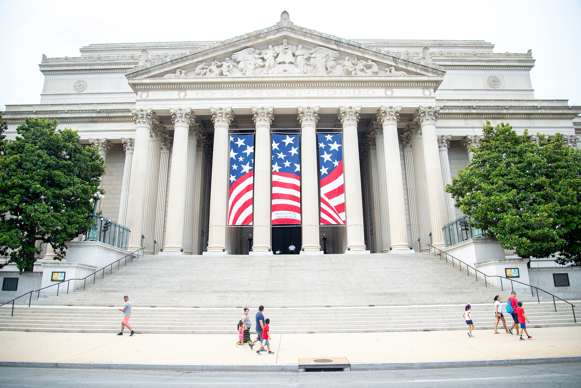 Guide to Washington DC: National Archives