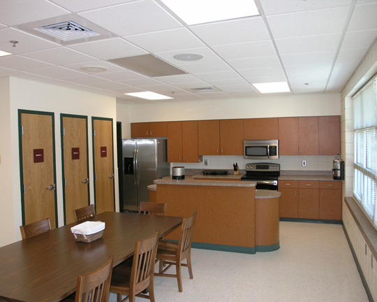 hp3 Kitchen & Dining.jpg