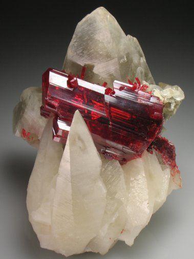 Realgar and Calcite