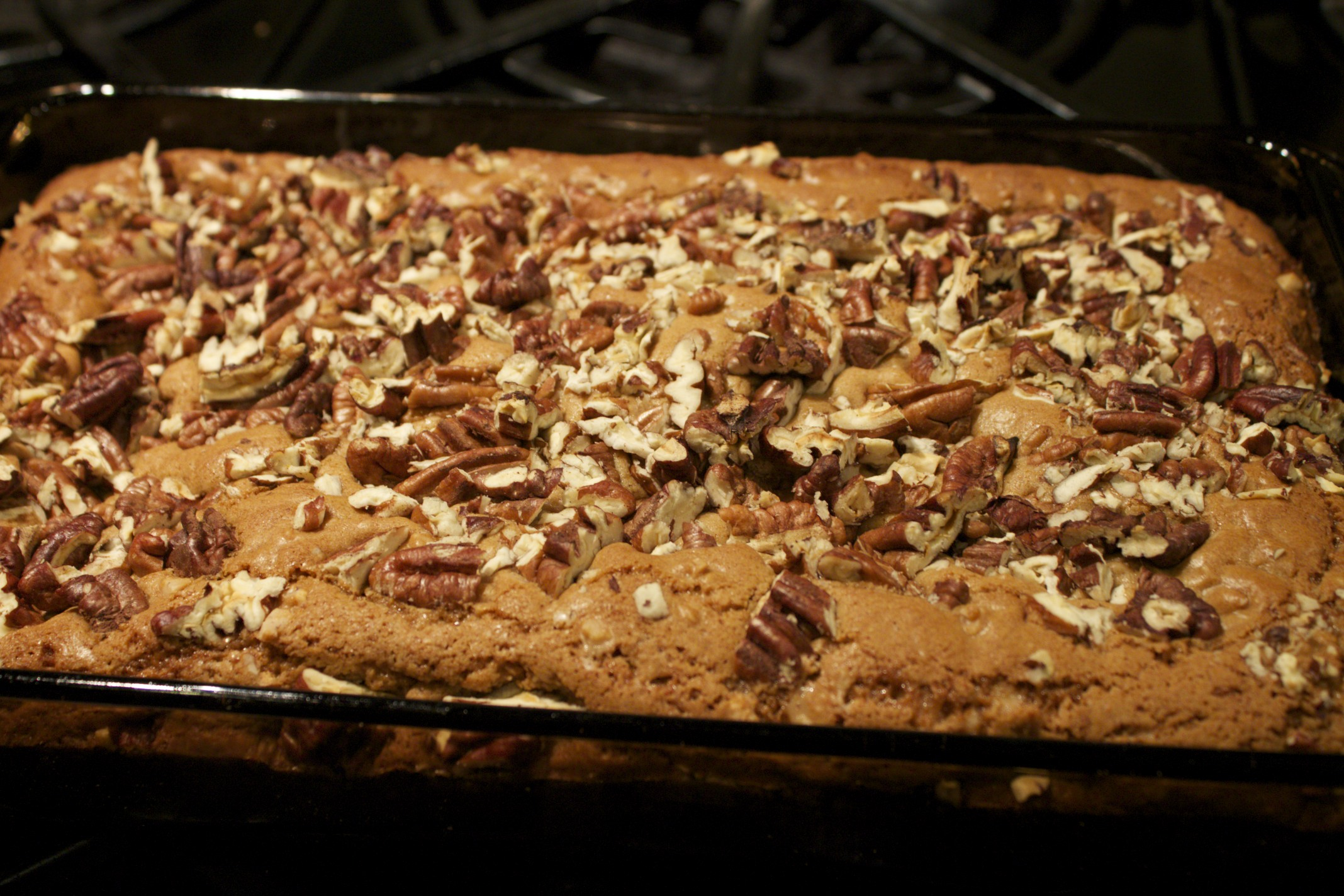 chewy toffee pecan bars
