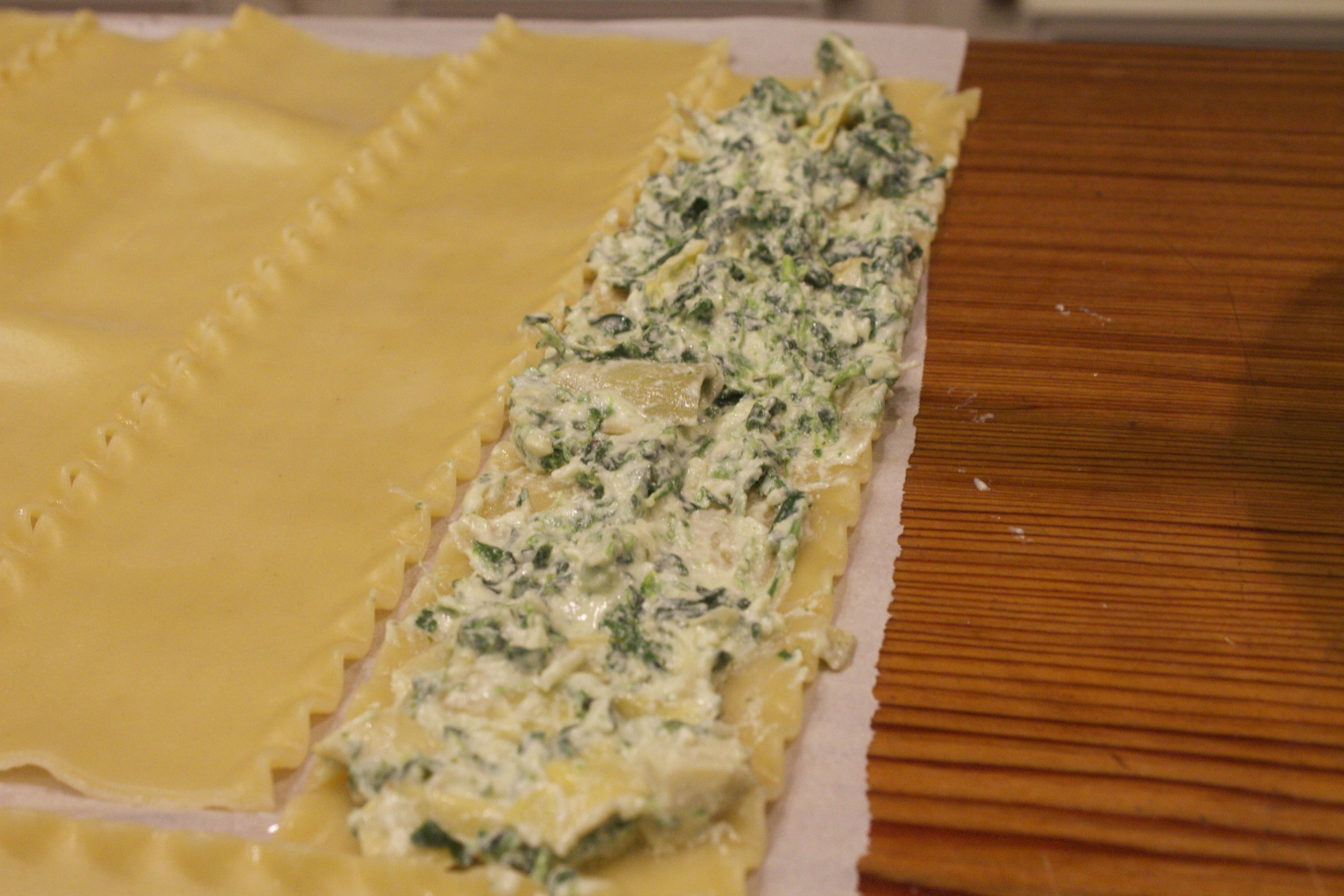 spinach and artichoke lasagna rollsups