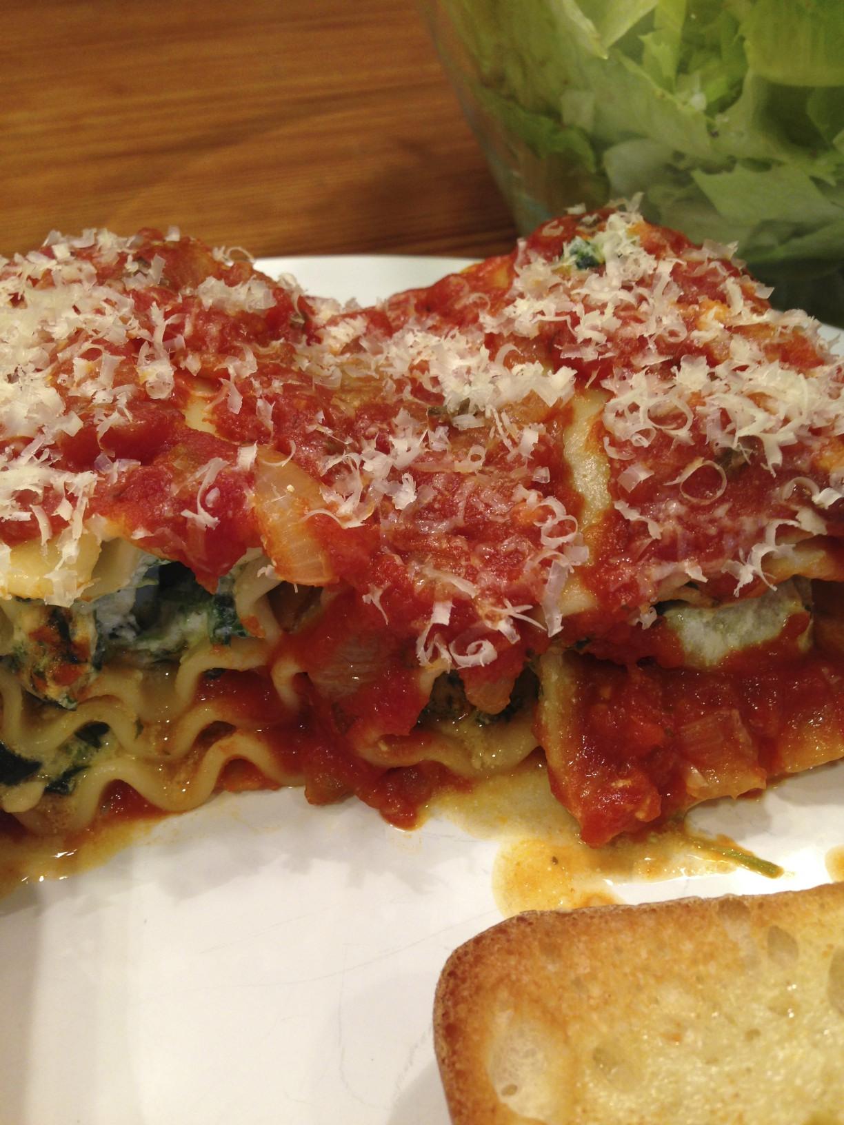 spinach and artichoke lasagna rollups
