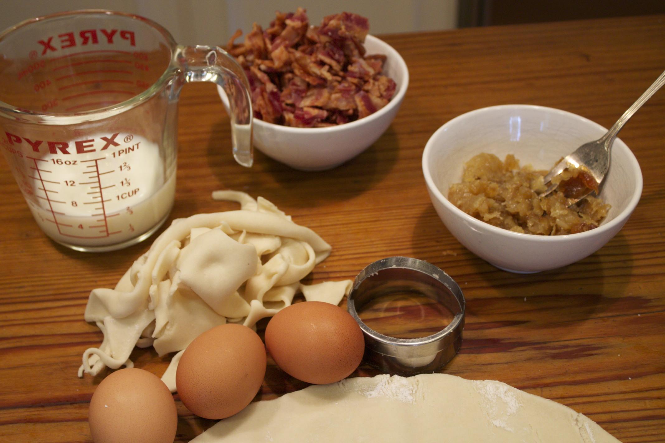 mini caramelized onion and bacon quiche