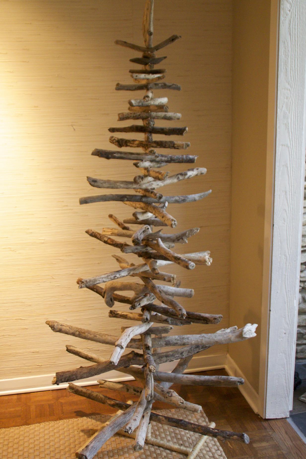 Driftwood Christmas tree #21D
