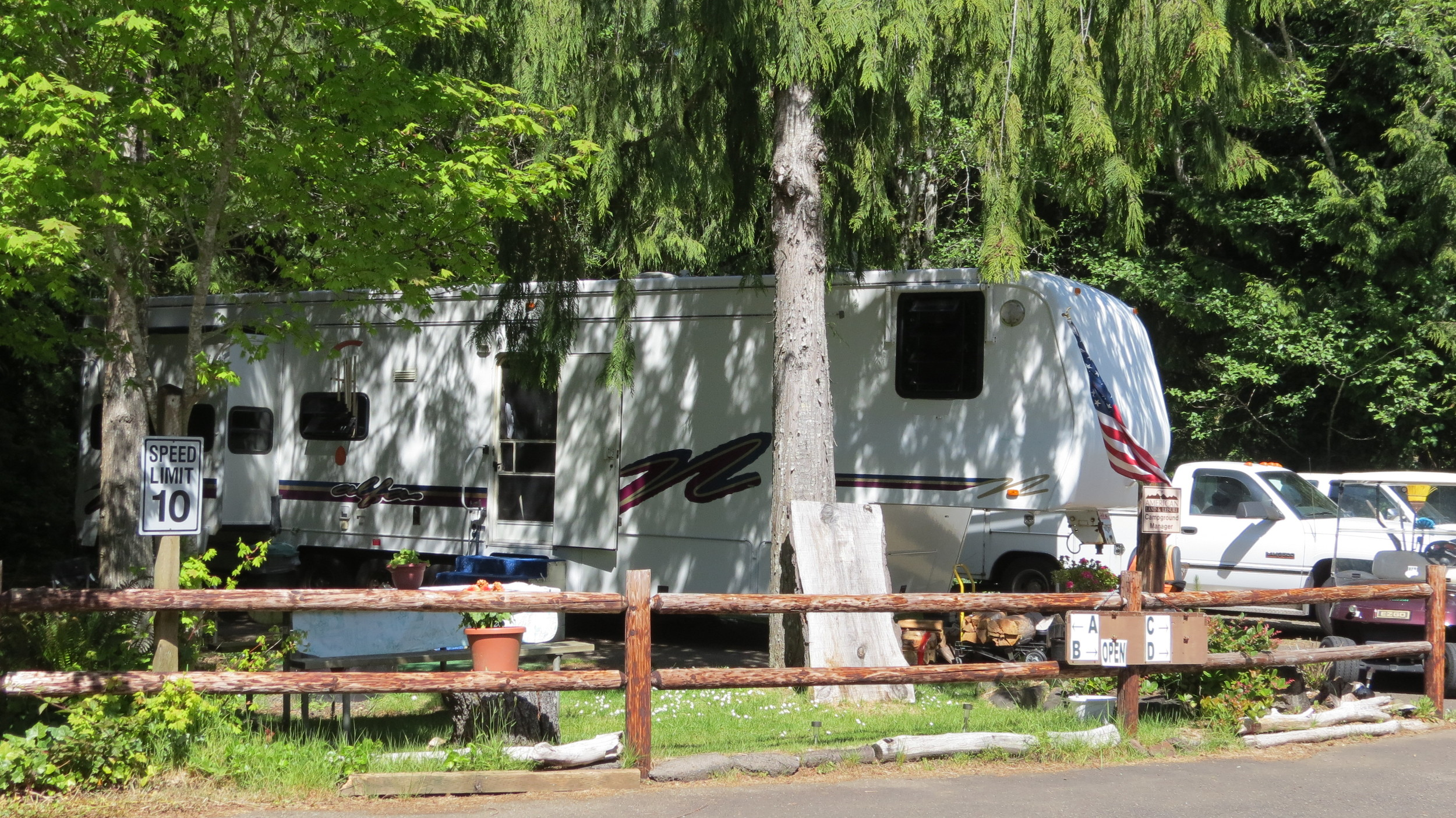 Loop A Host Site - Sutton Campground
