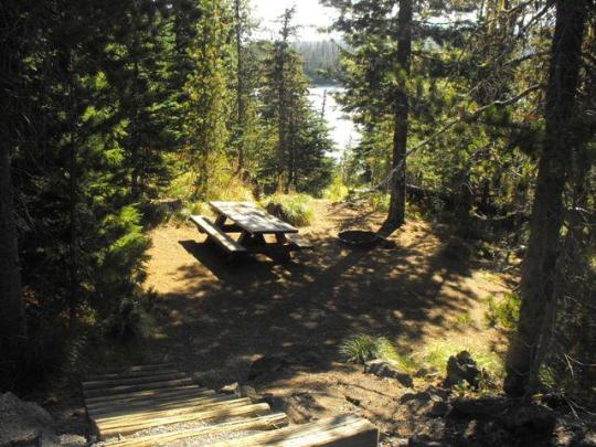 Lake view campsites