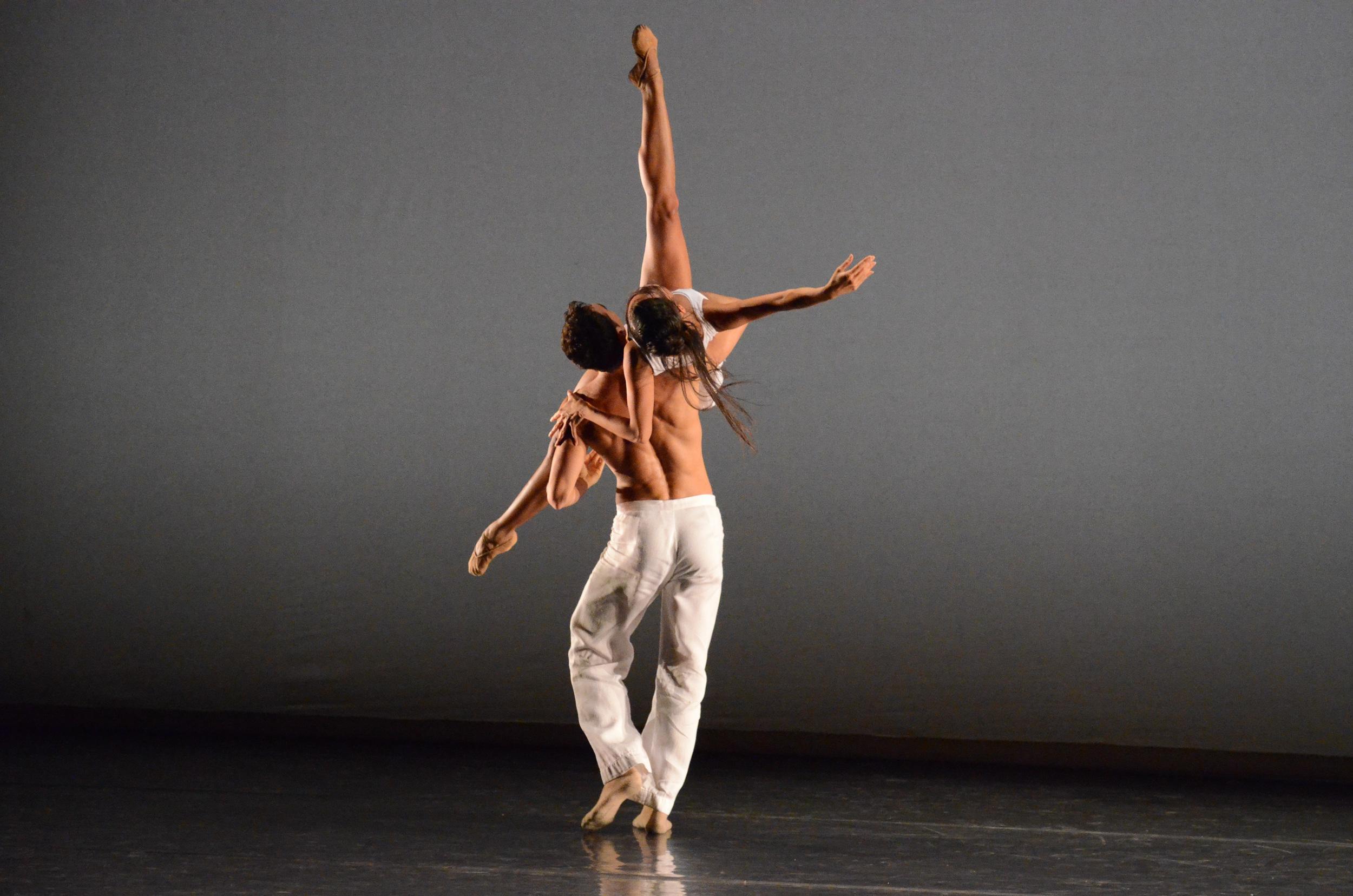 h_Gala_BalletGenevePerformance_2011CherylynnTsushima-65.jpg