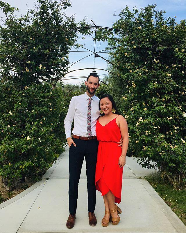 Congratulations @radbookbag & @brittanykeatscerullo! Thanks for throwing the most stunning desert wedding party! ✨🌵❤️🌴🥂#psiloveyou2019 📸: @tangjenn