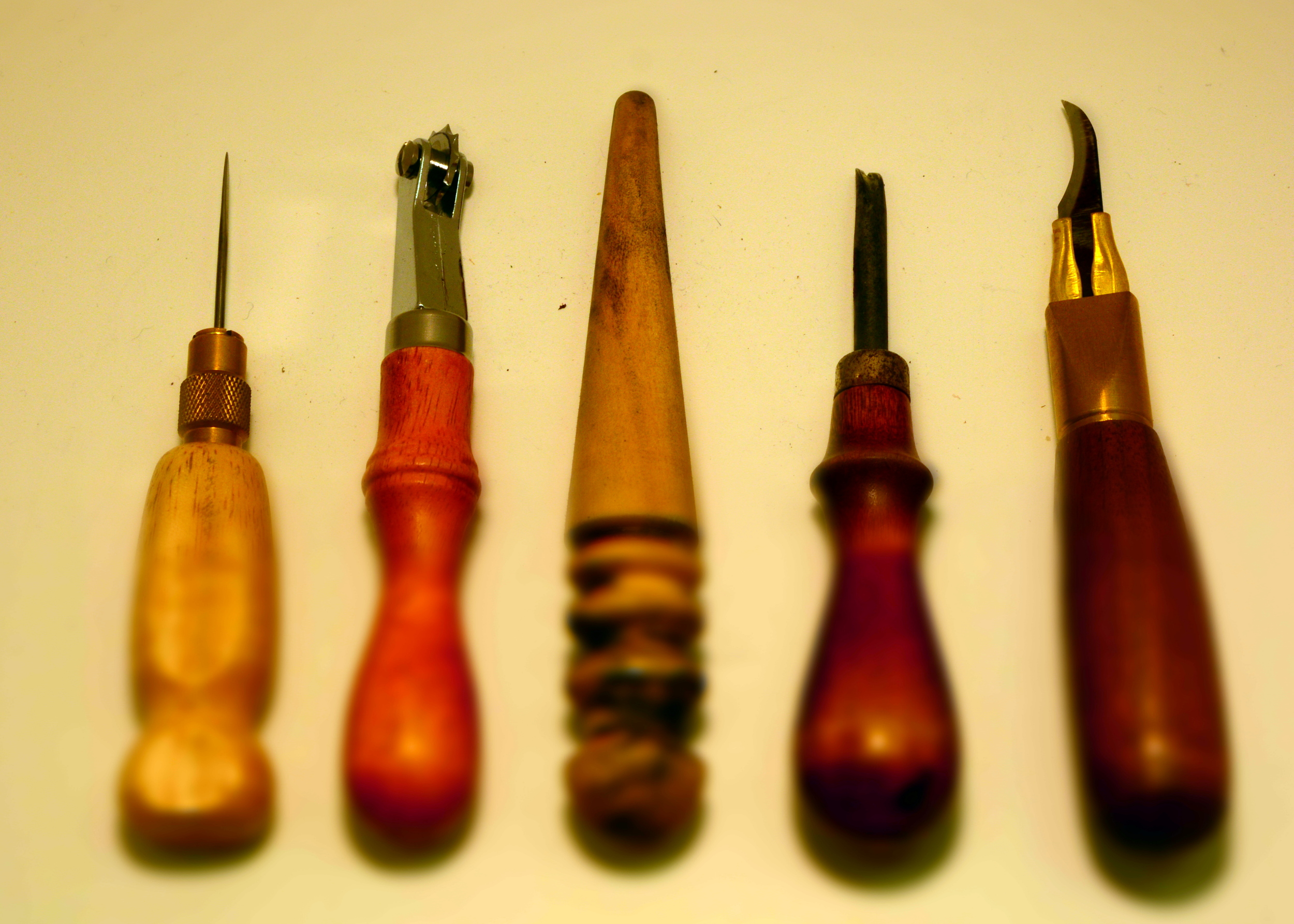 aesthetic leathercraft tools