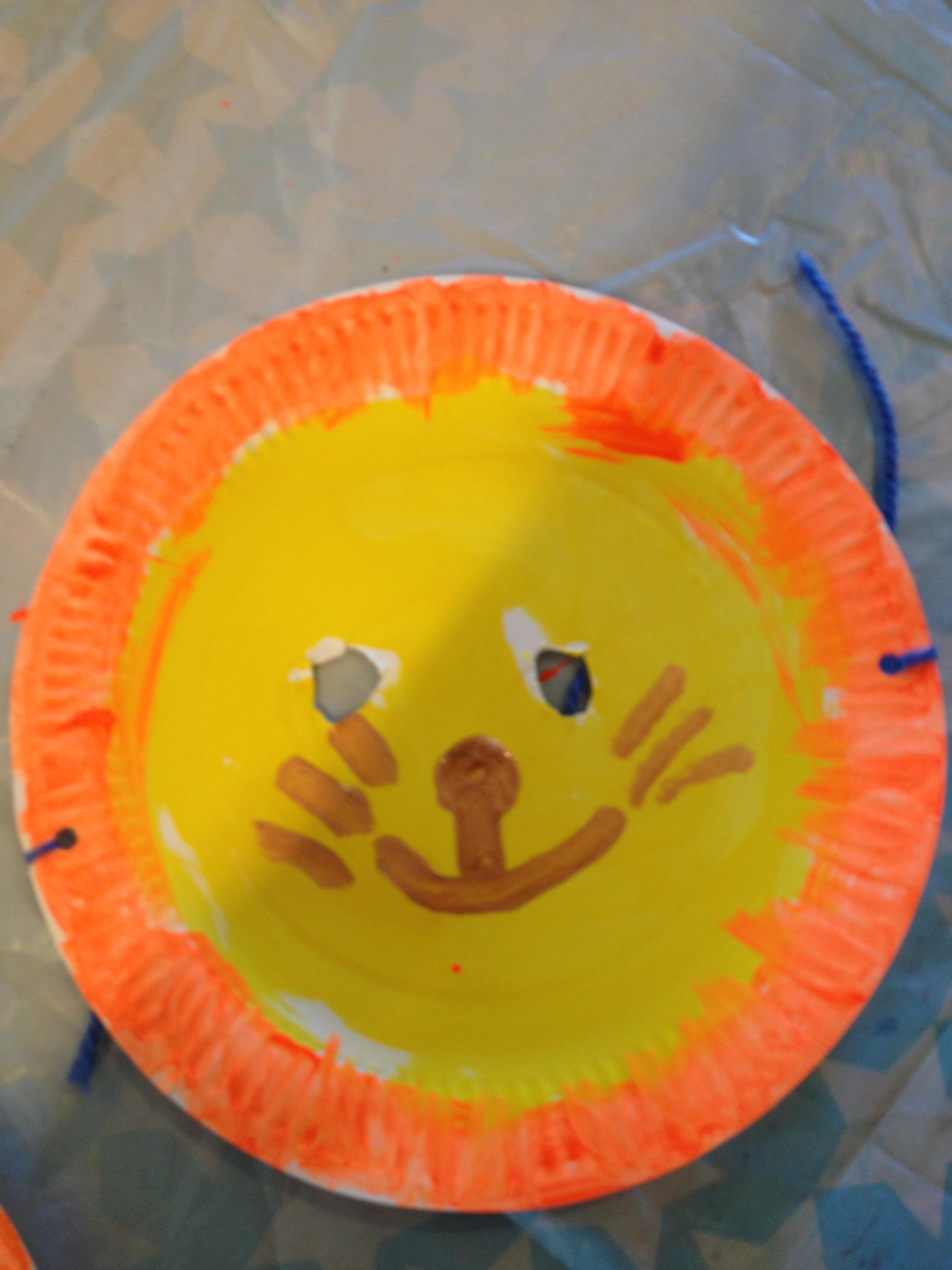 Children had fun making lion masks.