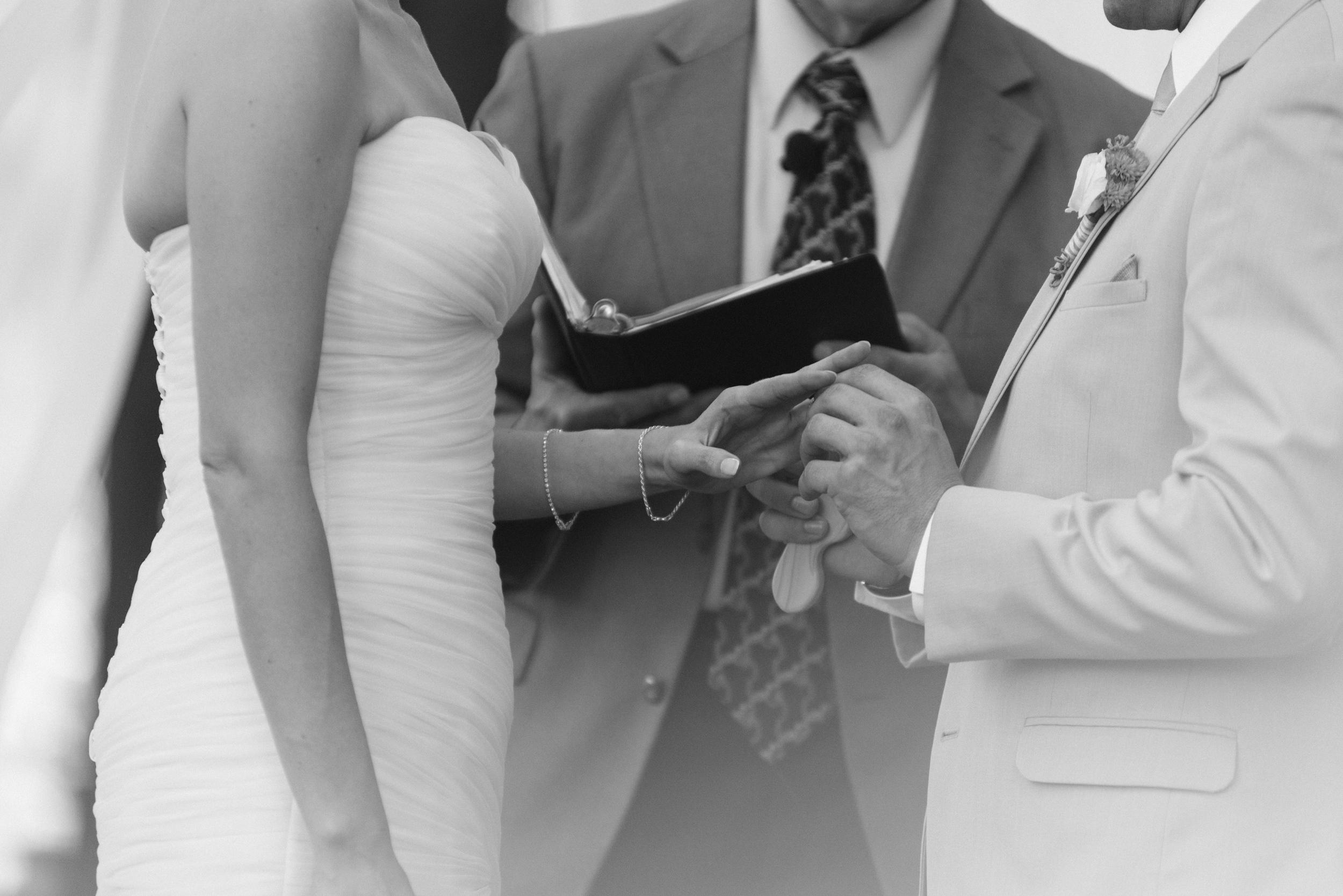 Matt_Swetel_Photography_Erin_and_Jeff_married038.jpg