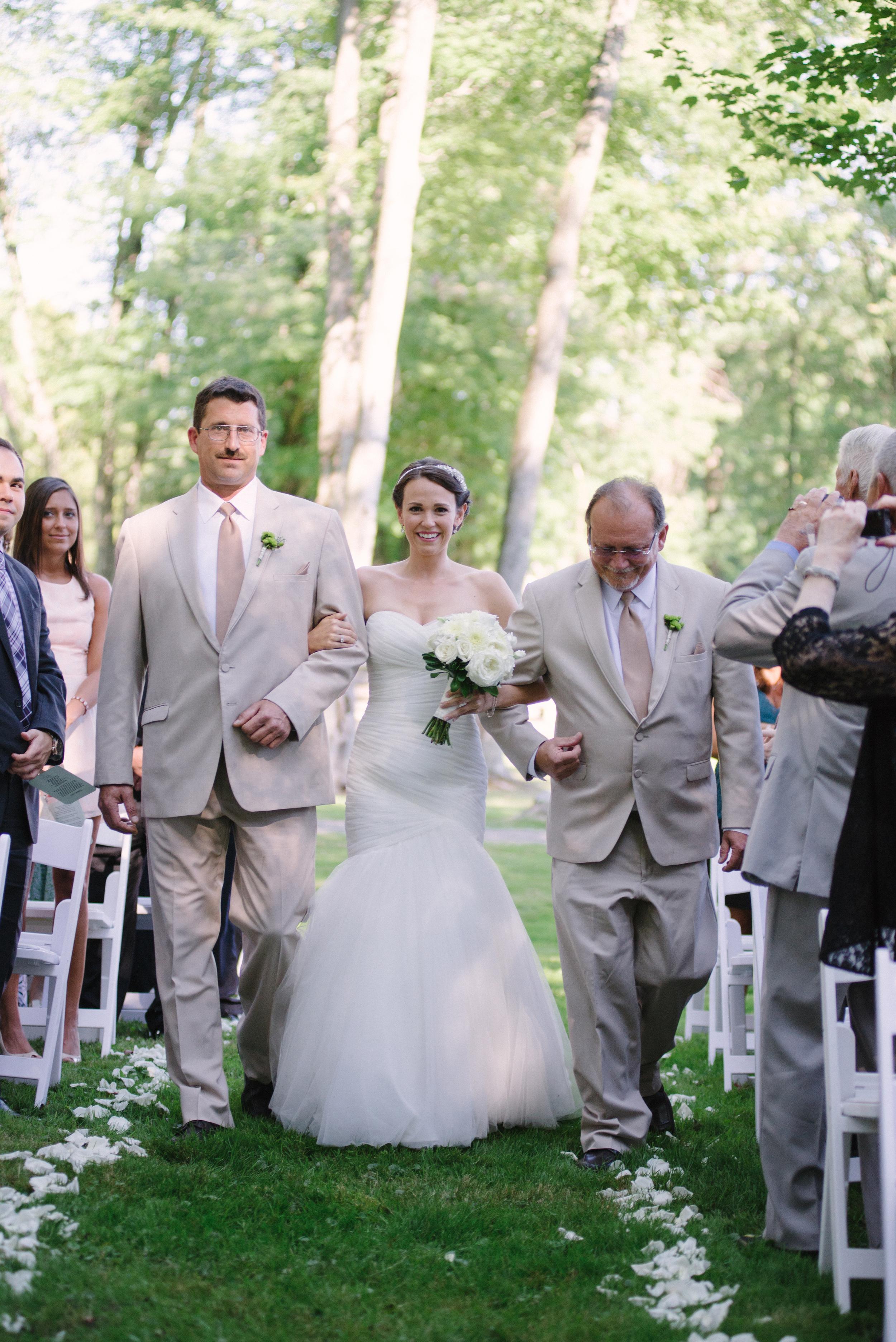 Matt_Swetel_Photography_Erin_and_Jeff_married033.jpg