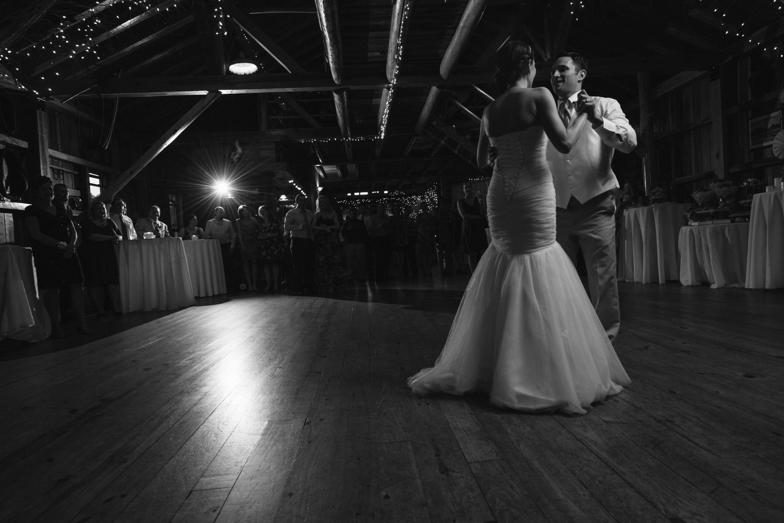 Matt_Swetel_Photography_Erin_and_Jeff_married046.jpg