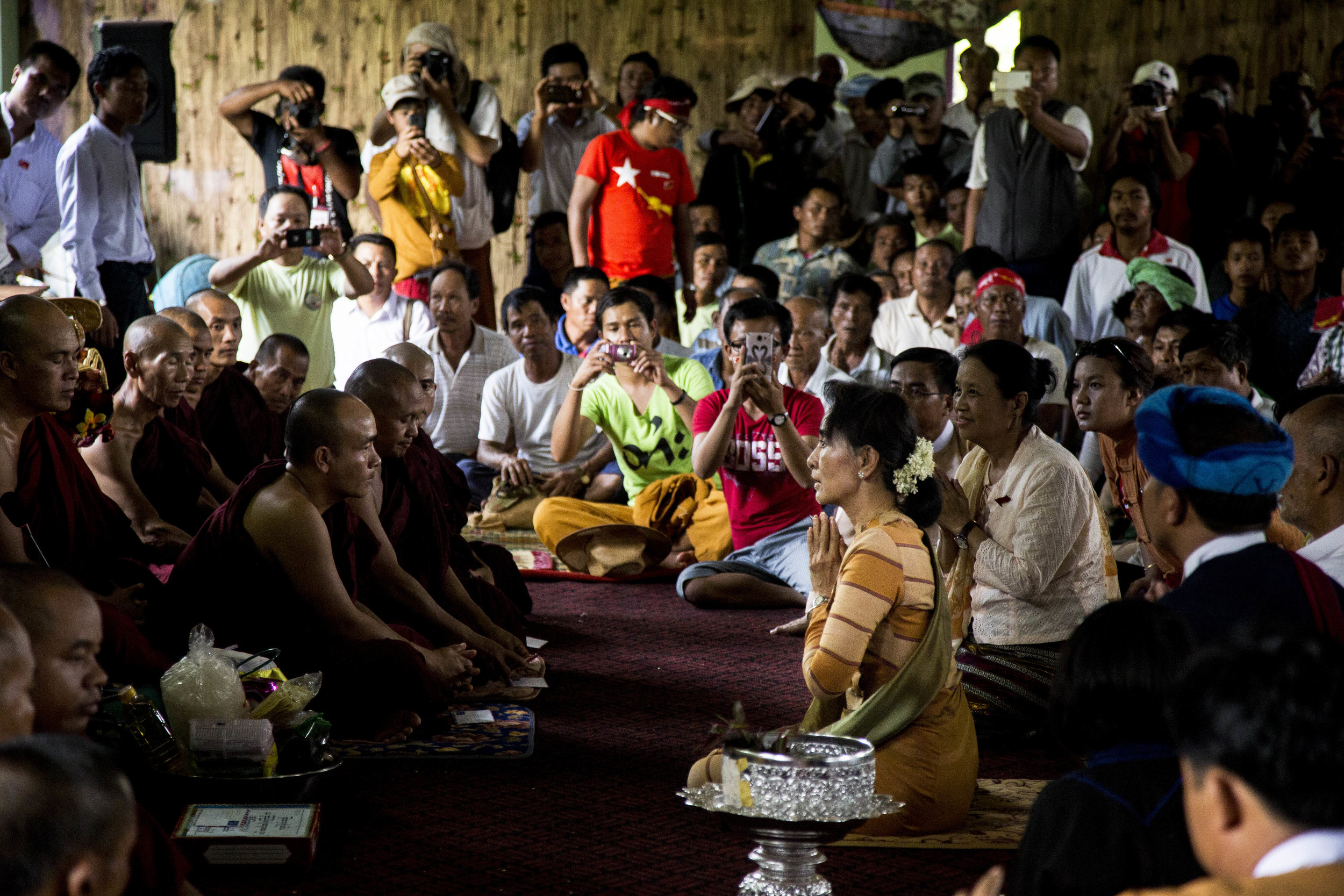 Daw Aung Shan Suu Kyi visiting Hsi-Hseng in Shan State on September 5, 2015Photo by Ann Wang