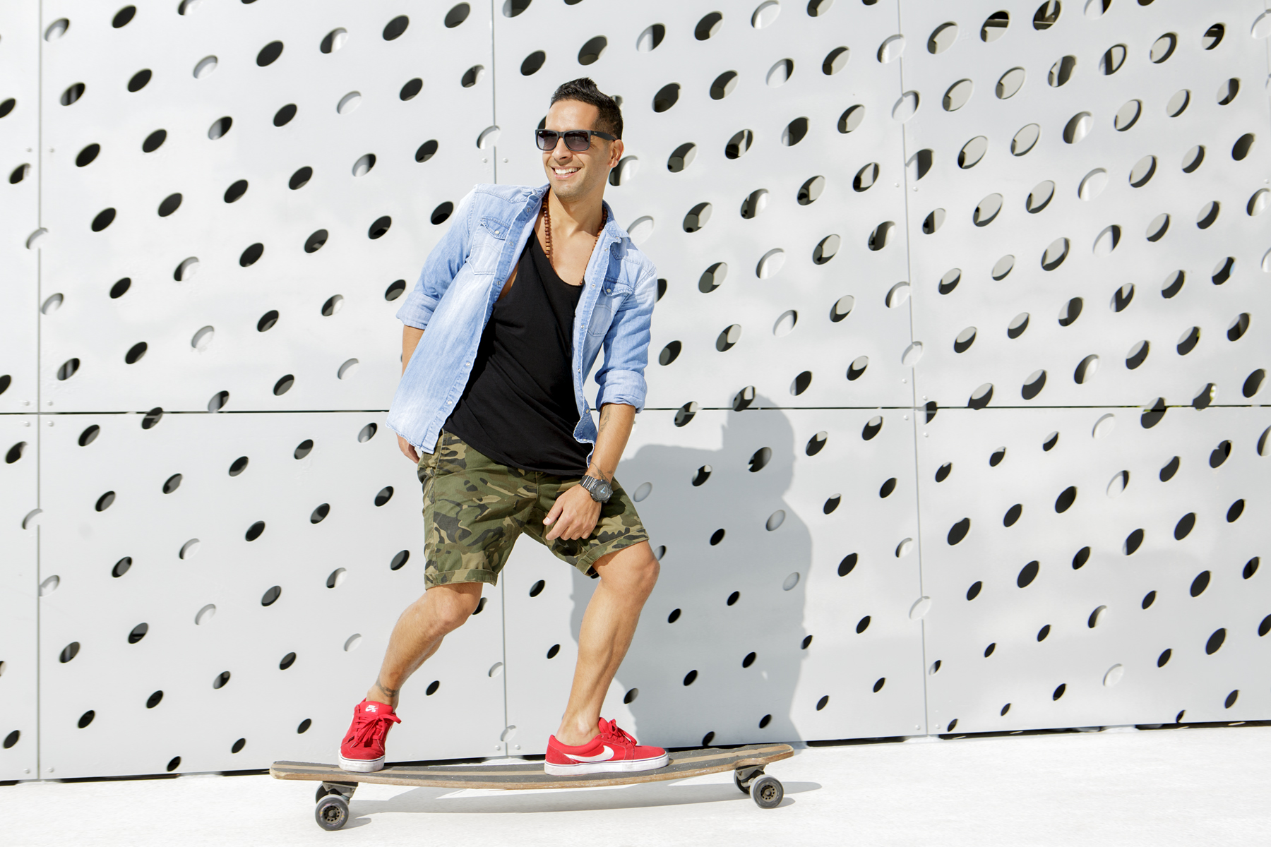 lifestyle_photography_miami_beach_new_york_david_gonzalez_healthcare_photographer_lifestyle_portrait_skateboarding_fun_advertising_1800.jpg