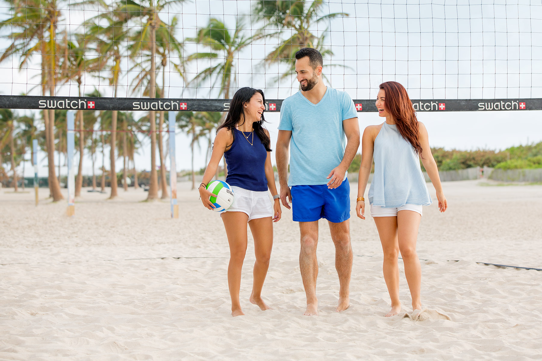 Miami_lifestyle_photographer_david_gonzalez_fun_friends_volleyball_Miami_beach_01.jpg