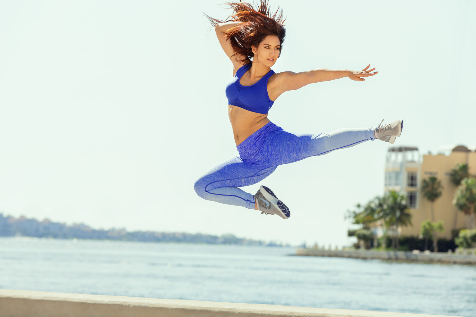 miami_fitness_lifestyle_jump_dancer_photography_david_gonzalez_all_smiles_outdoor_workout_training.jpg
