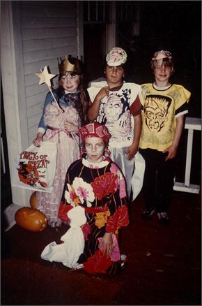 campbell-kim_halloween_1976.jpg