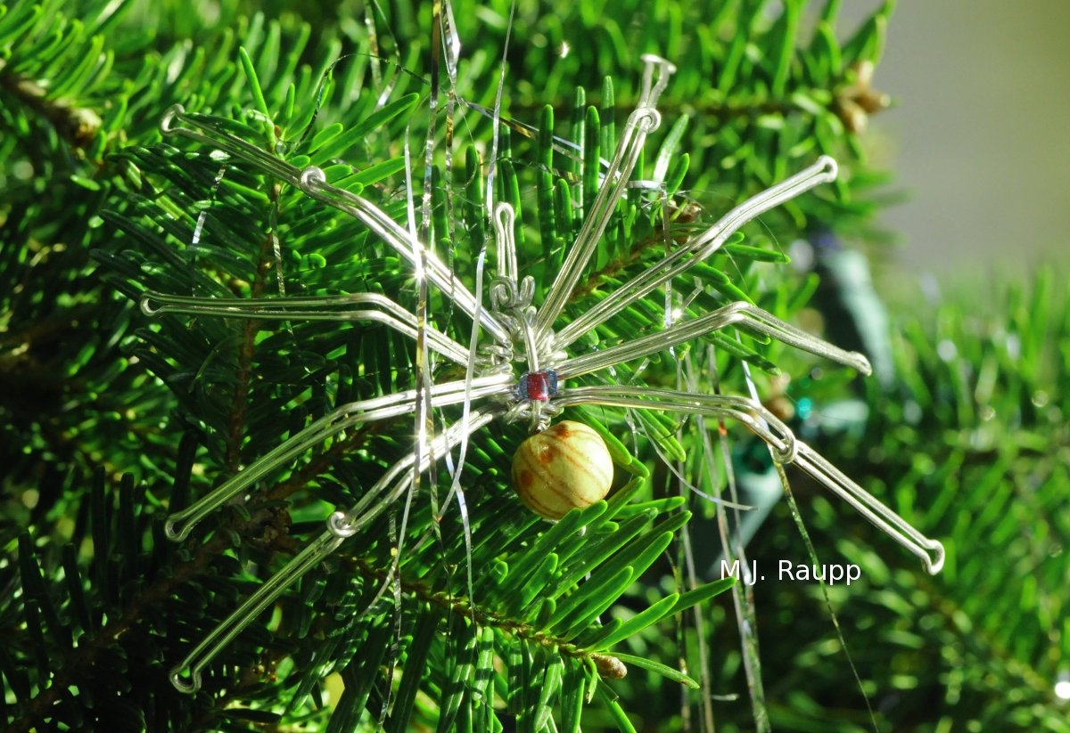Legends of spiders, tinsel, and Christmas trees.