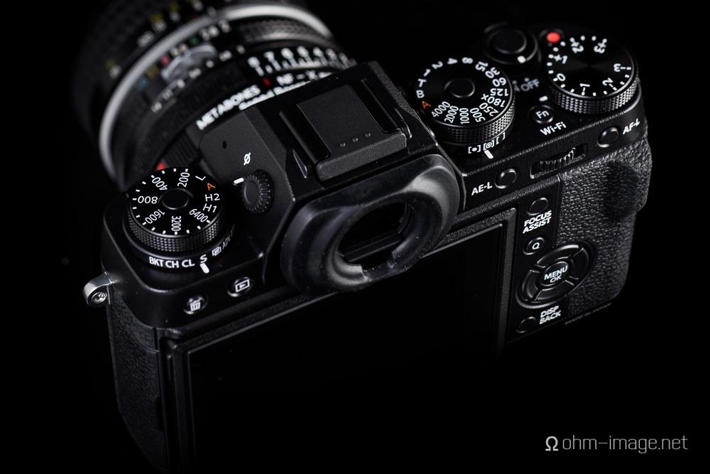 Fujifilm X-T1 top left.jpg