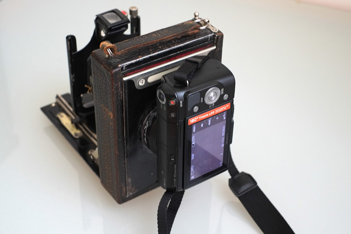 A Sony NEX attached to an  ICA A-G 215