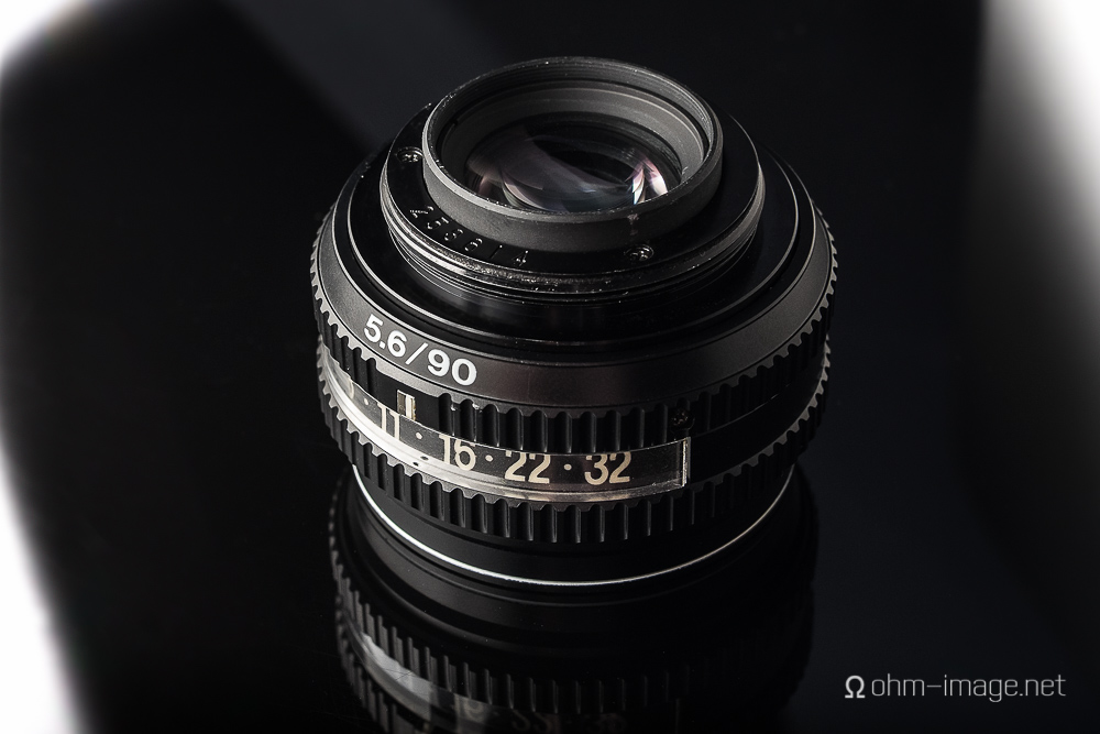 The 360 rotatable mount sits on three ball bearings and lets light bounce around the inside of the lens